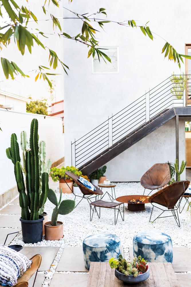 Heather Tierney's Garden Oasis