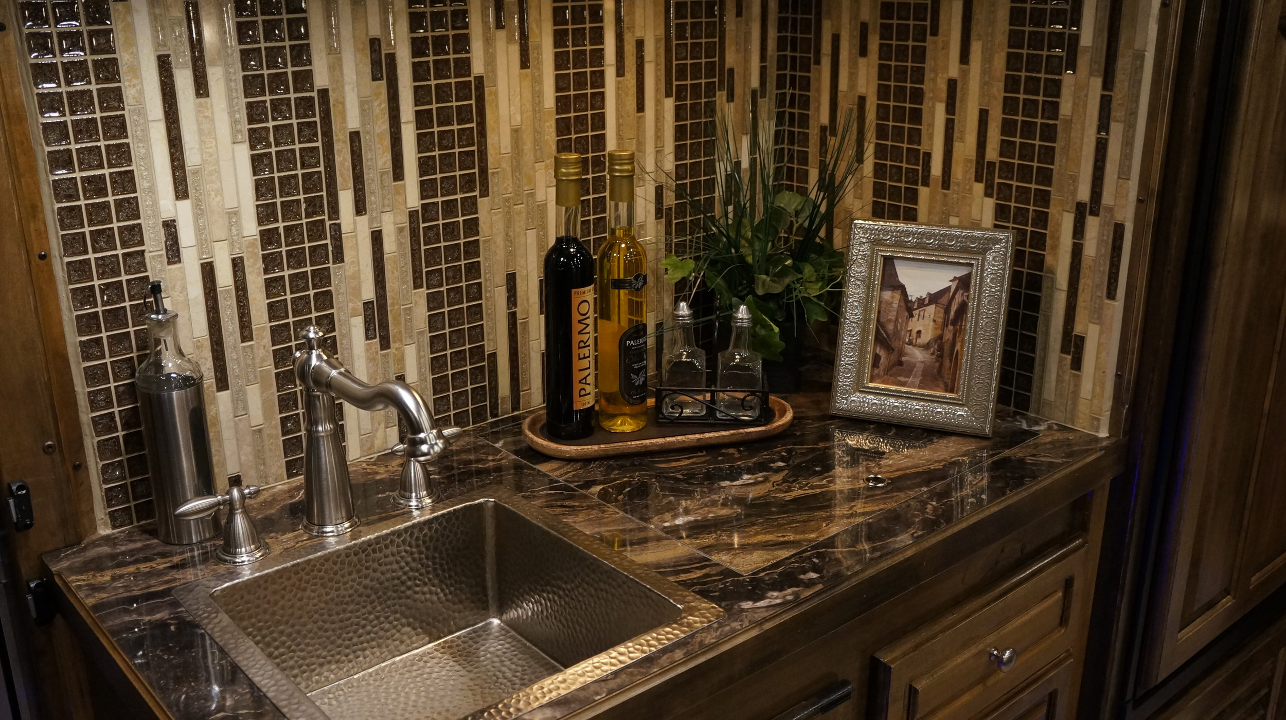 Nickel Square Sink with Stainless Faucet
