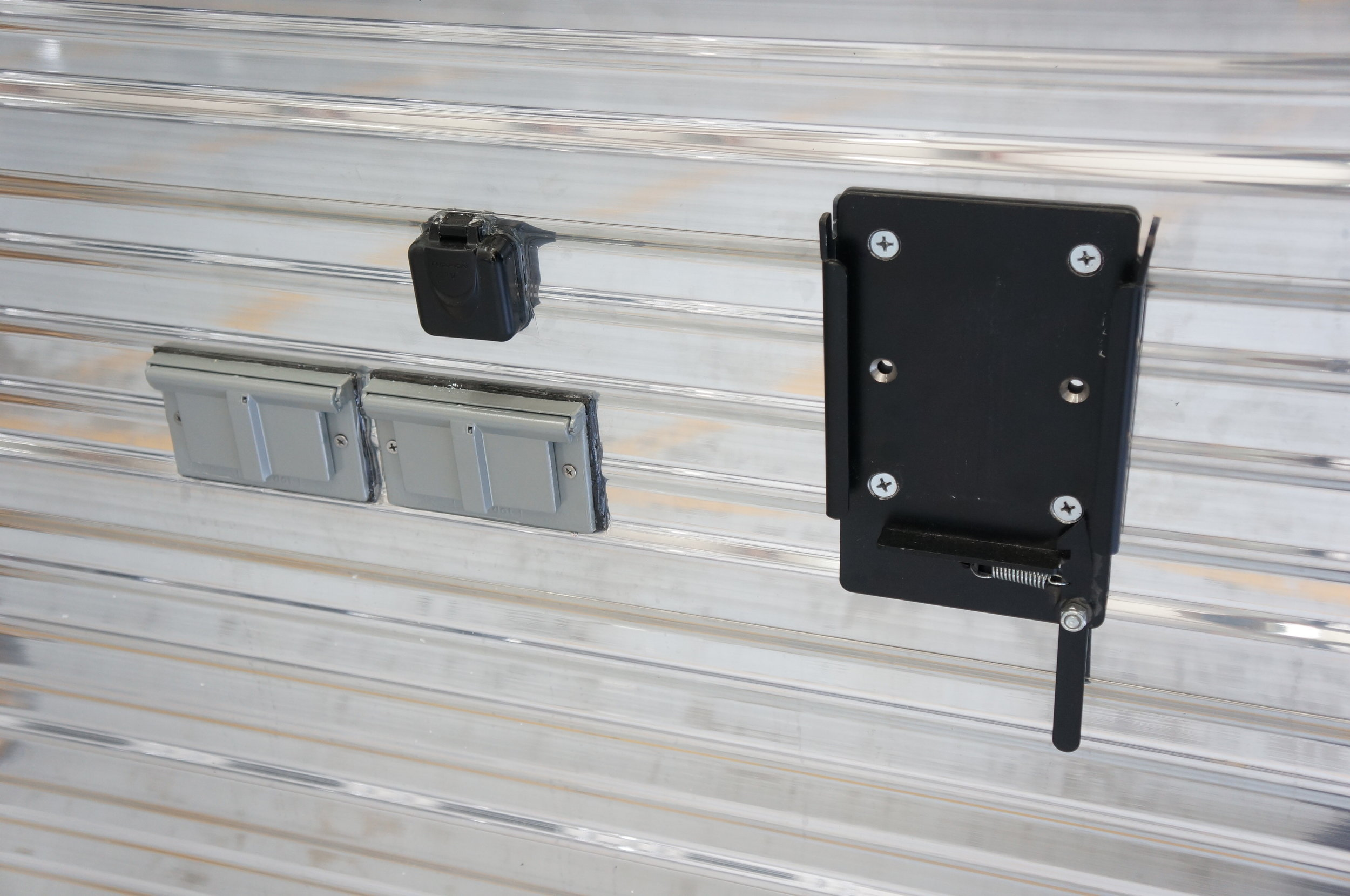 Exterior Clip-On TV Mount