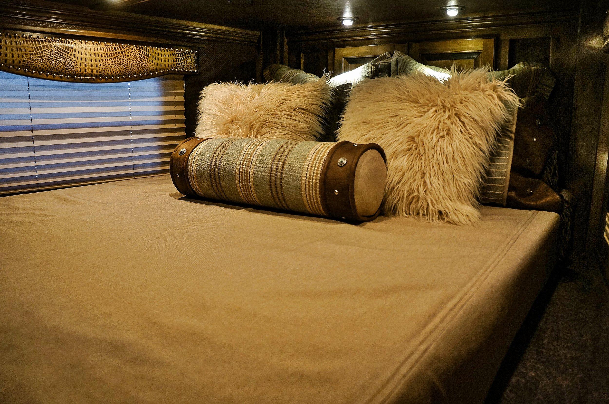 Custom Comforter Set 3