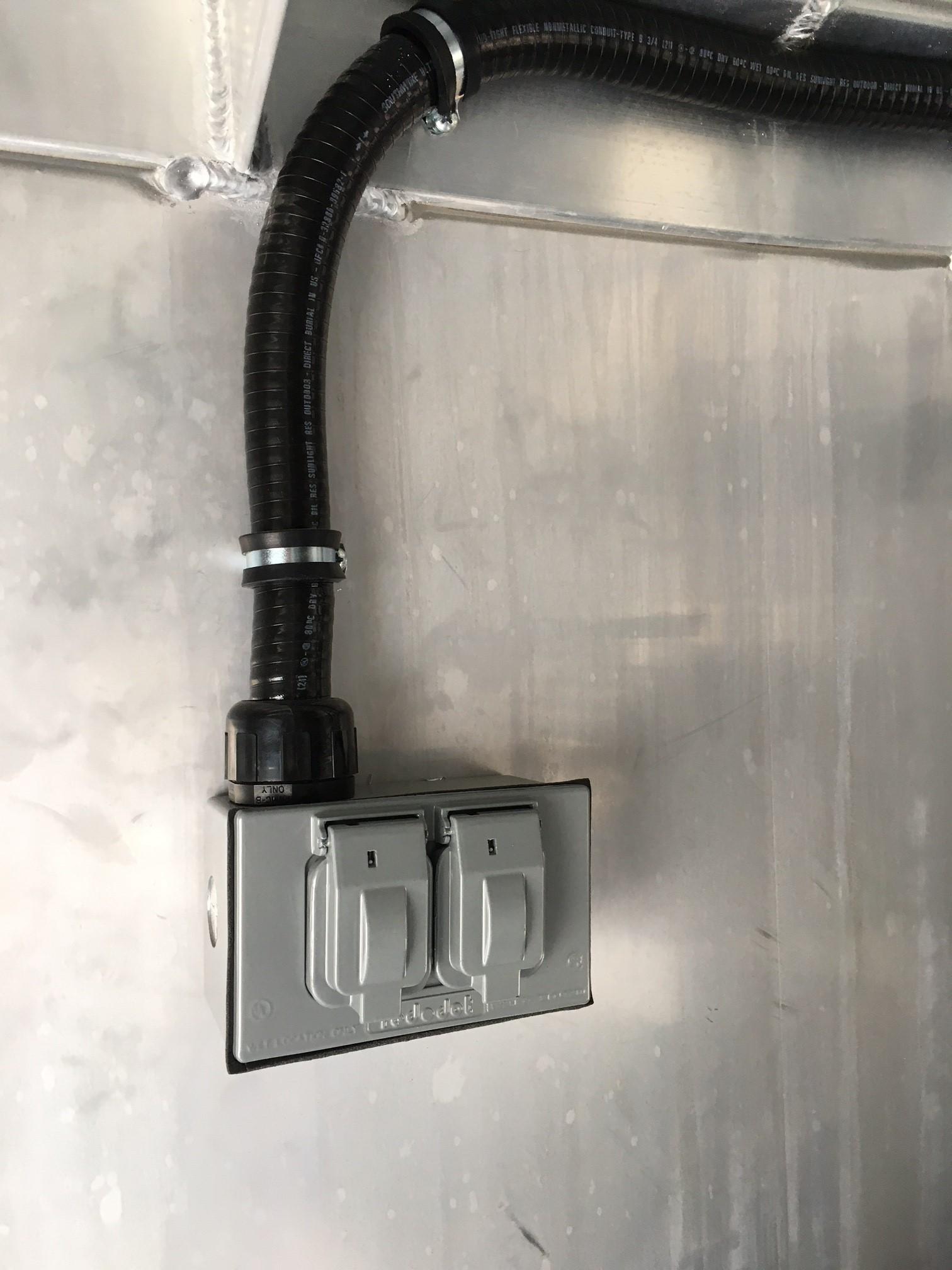 Ext. 120V Outlet in Hay Pod