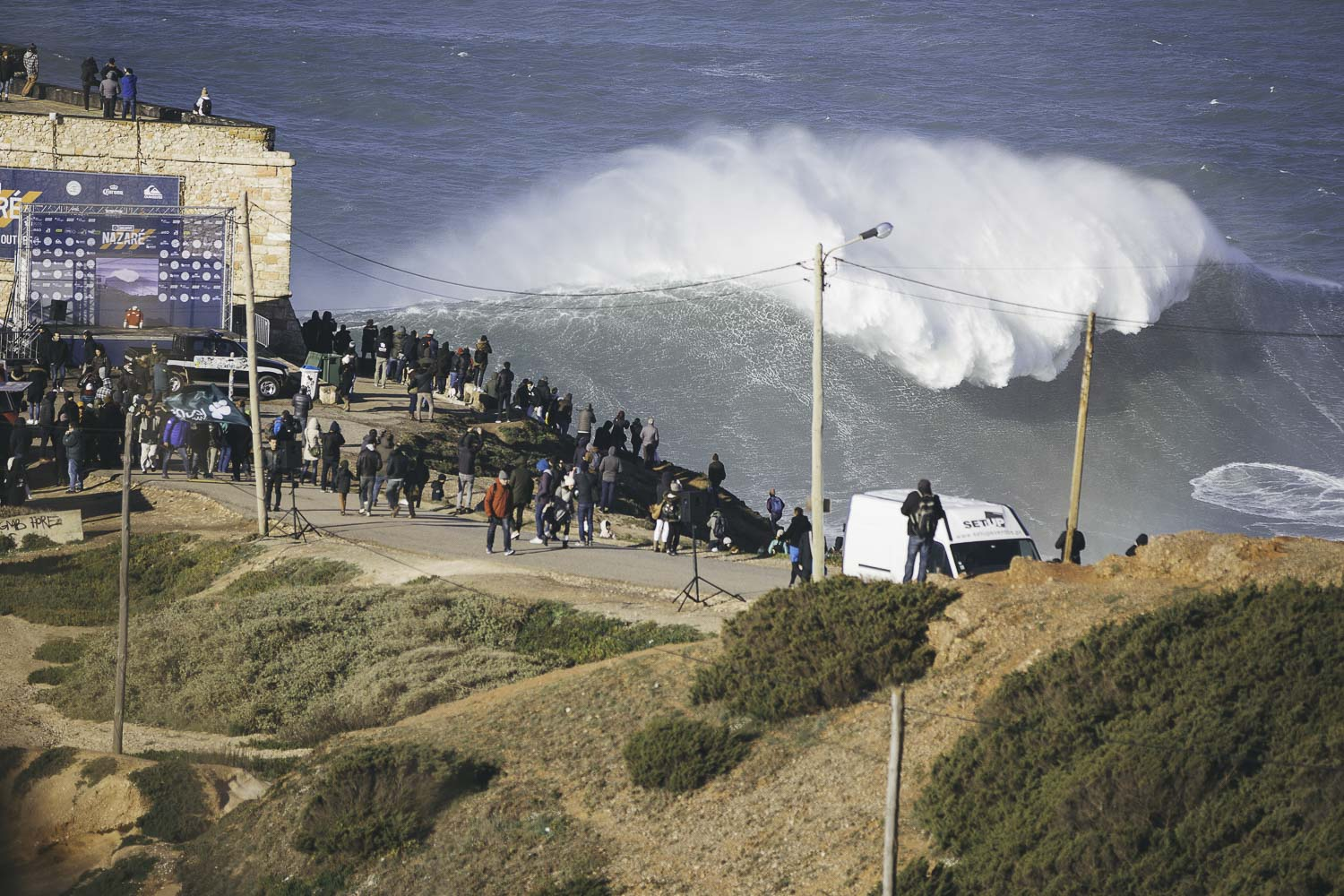 Oliver Blackwell Photography Nazare challenge-1-6.jpg