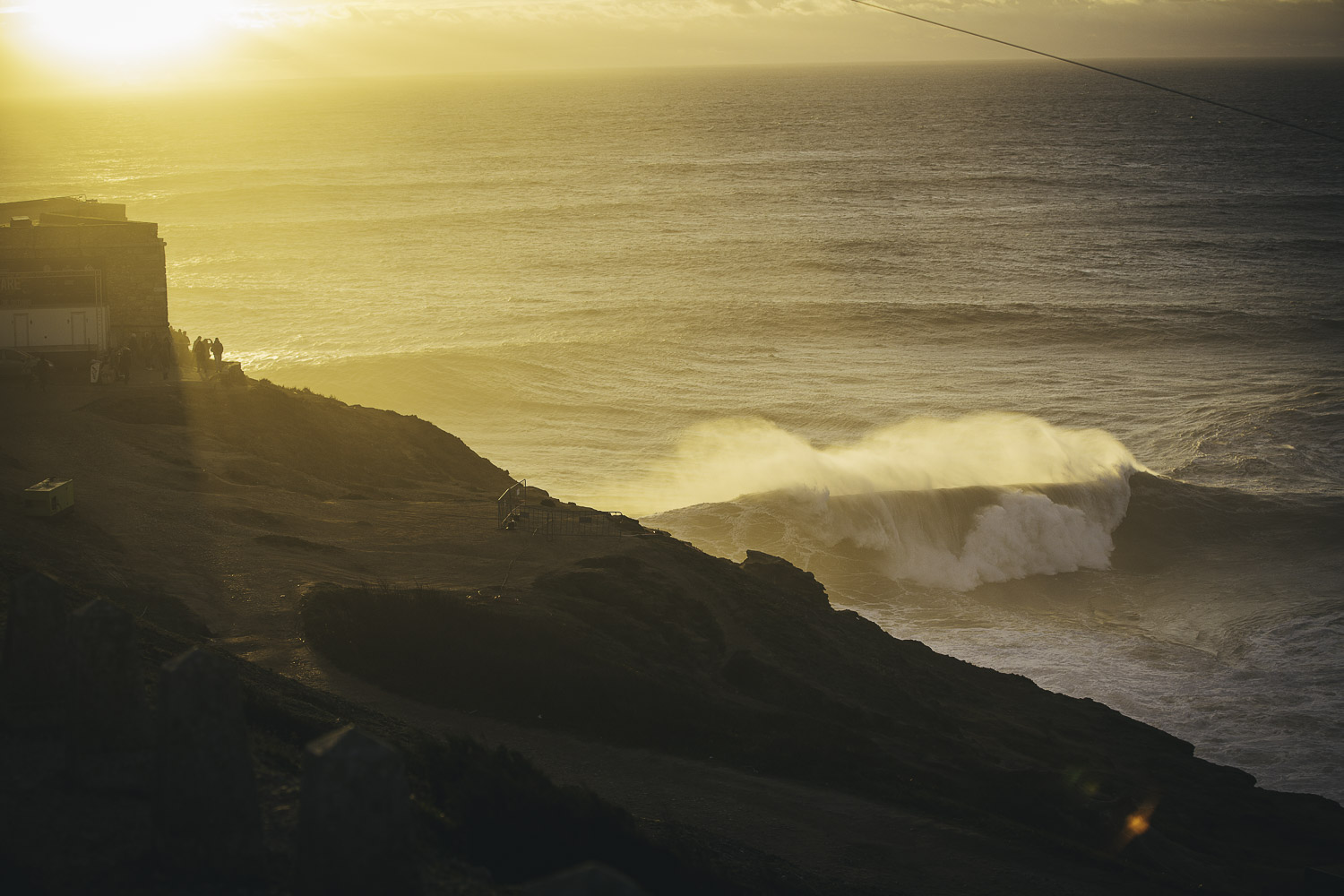 Oliver Blackwell Photography Nazare challenge-11.jpg