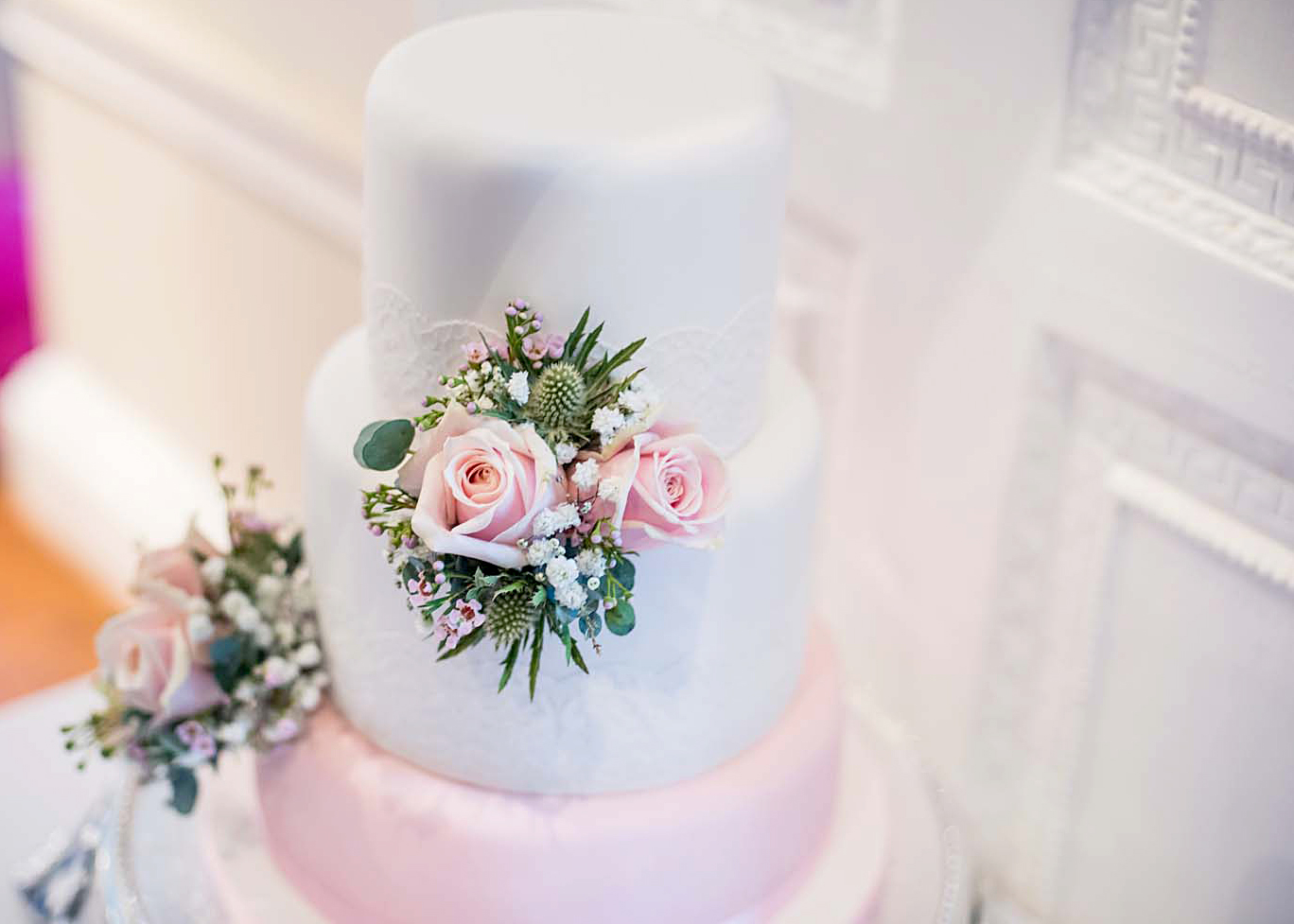 Sharon and Jamie's Wedding cake, image by Thom Walker