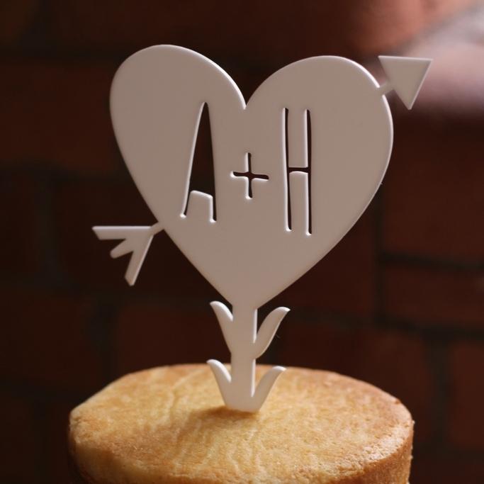 Aran and Heather wedding cake