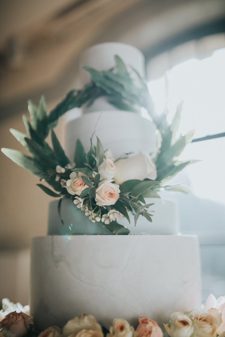 The Sweet Stuff | Marbled iced cake with floral wreath