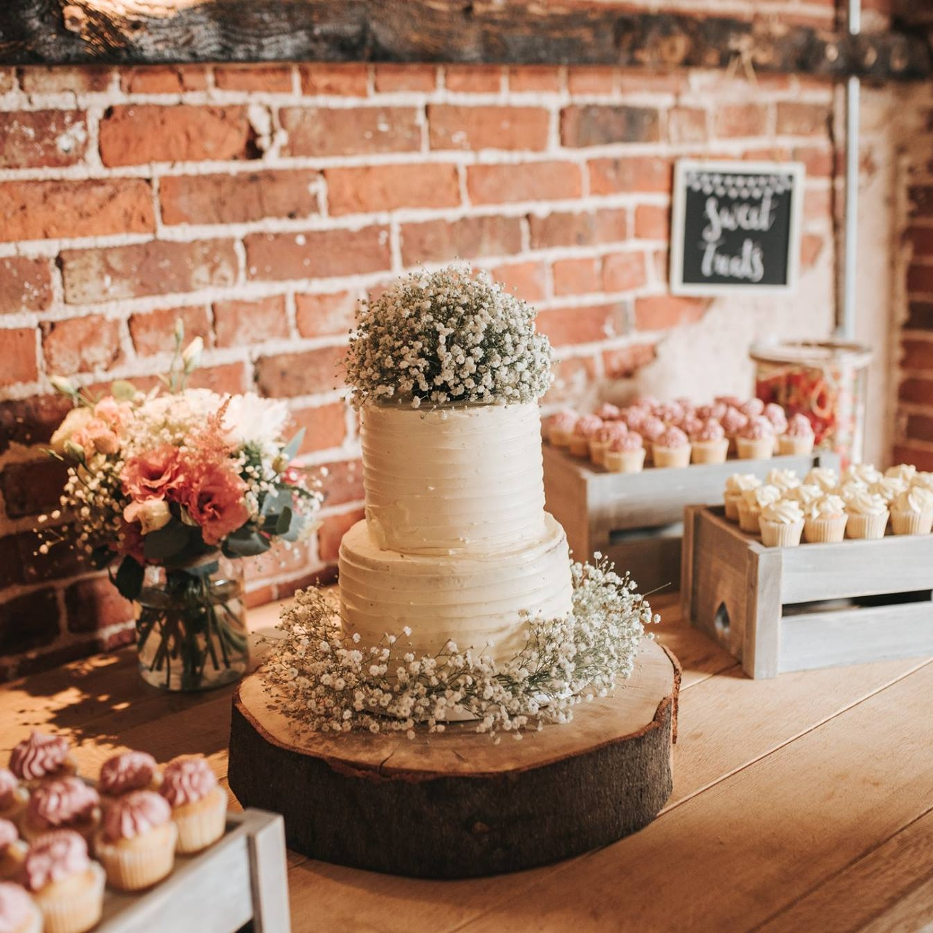 Rustic Sweets Table | Pear & Bear Photography