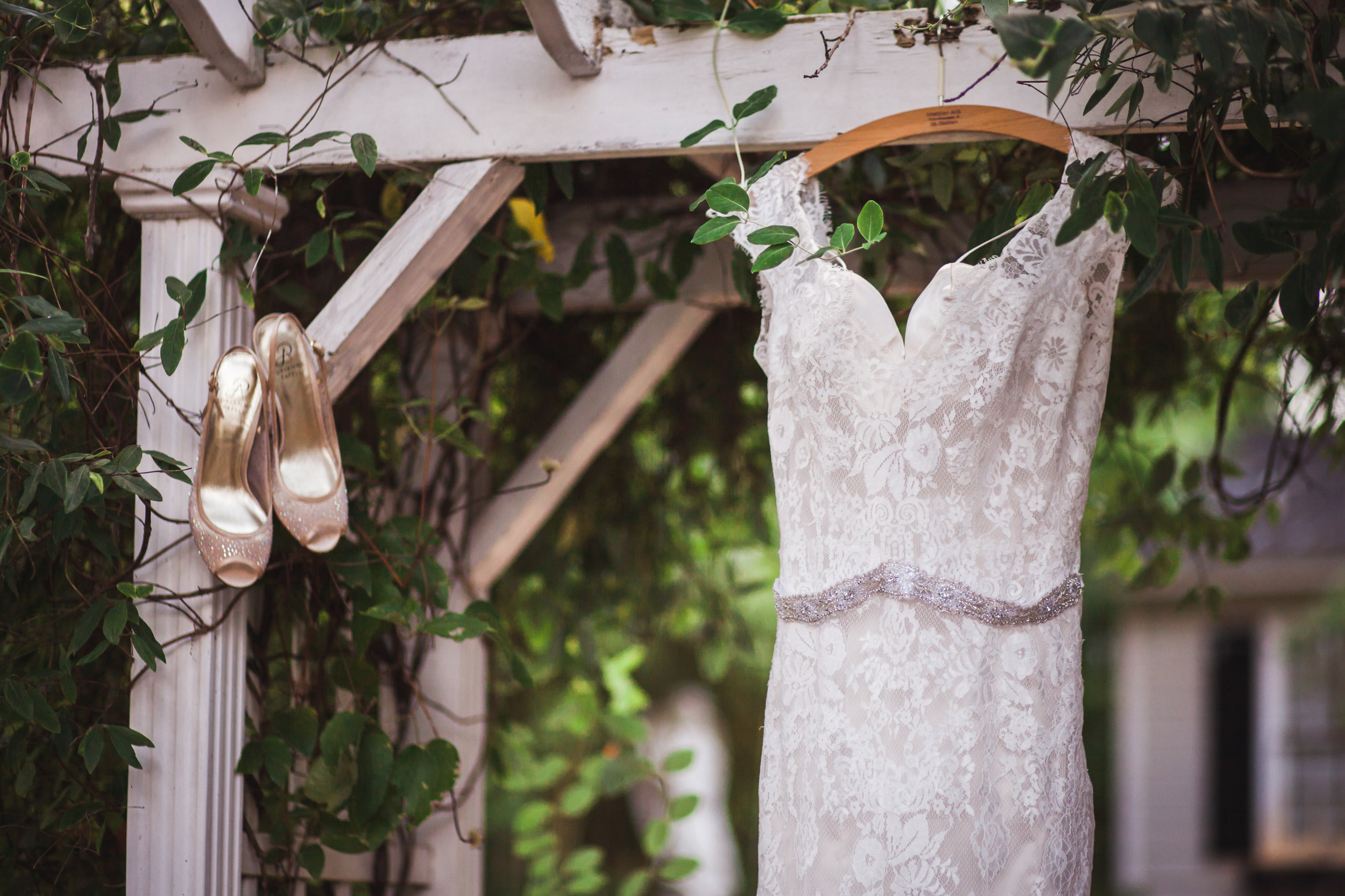 wedding-dress-shoes-athens