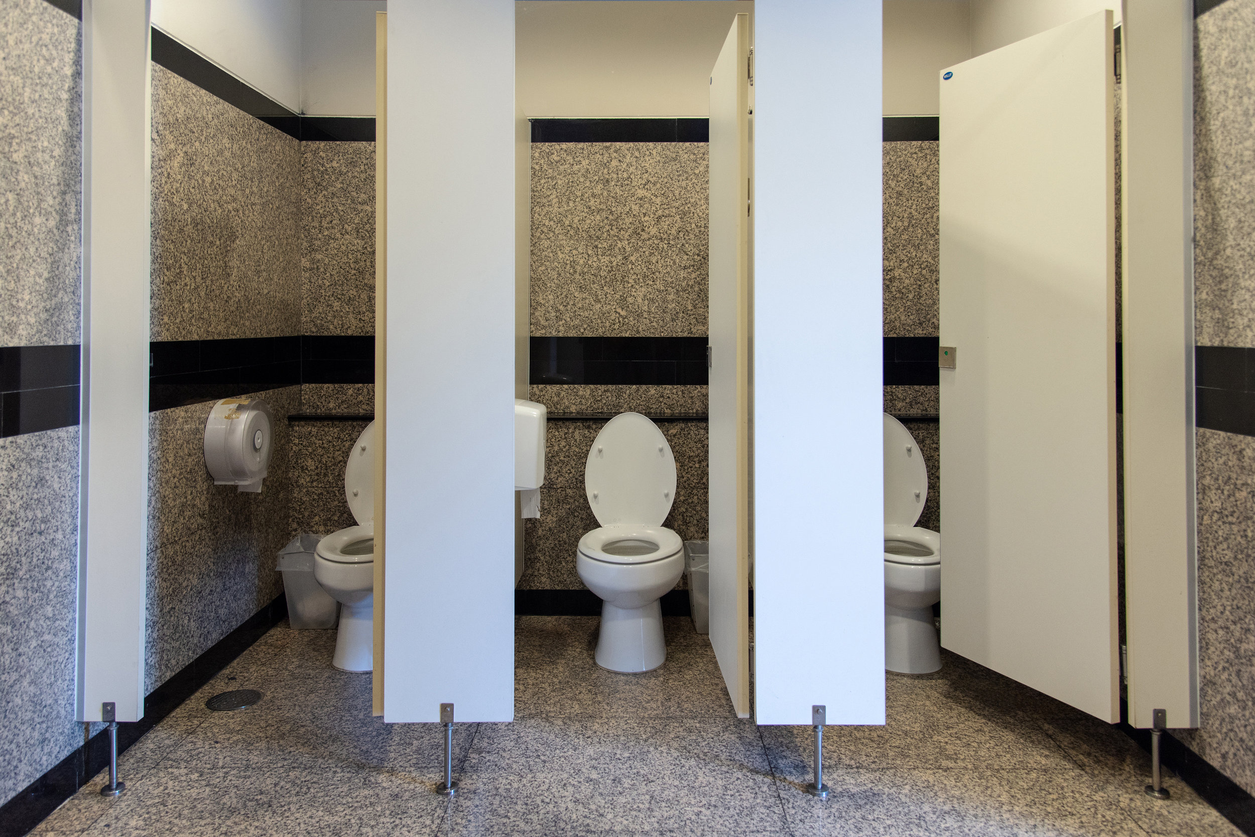 commercial toilets, watersense toilet