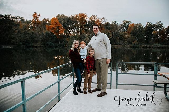 Love the colors of the trees and the reflection of the lake in one of my favorite pictures from my most recent shoot with the House family! The time change really threw us off, but luckily we were still able to get some great shots for the family! • I'm still booking shoots for this year and into next year! If you would like to plan a session send me a message and we can get it set up! •  #family #familyportrait #familyphotography #familypictures #stl #stlphotography #stlphotographer #waterloo #waterloophotographer #waterloophotography #paigeelisabethphotography #follow #followme #doubletap #photoglife #photolife
