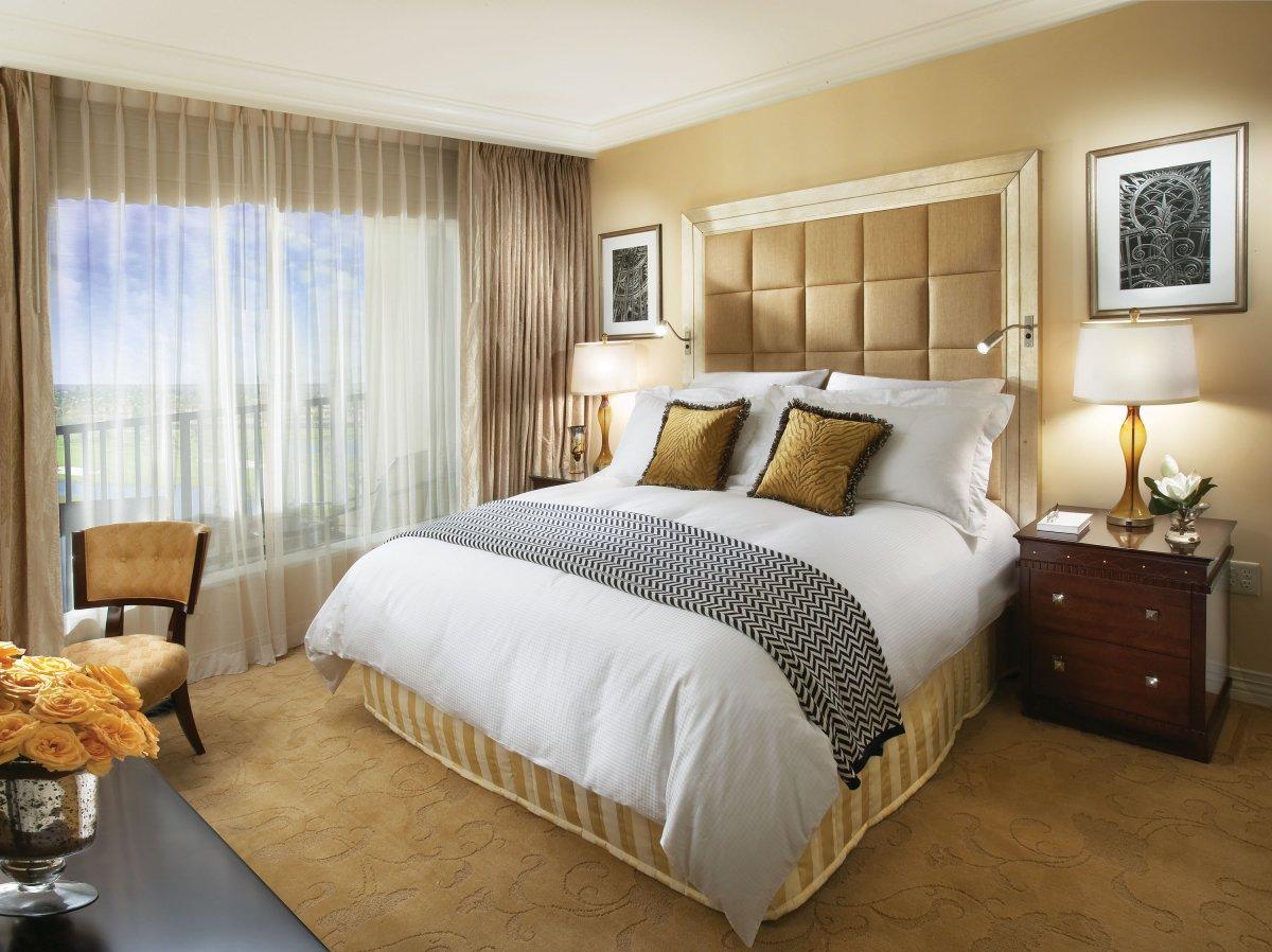 BEDROOMS - Create de-cluttered serene spaces