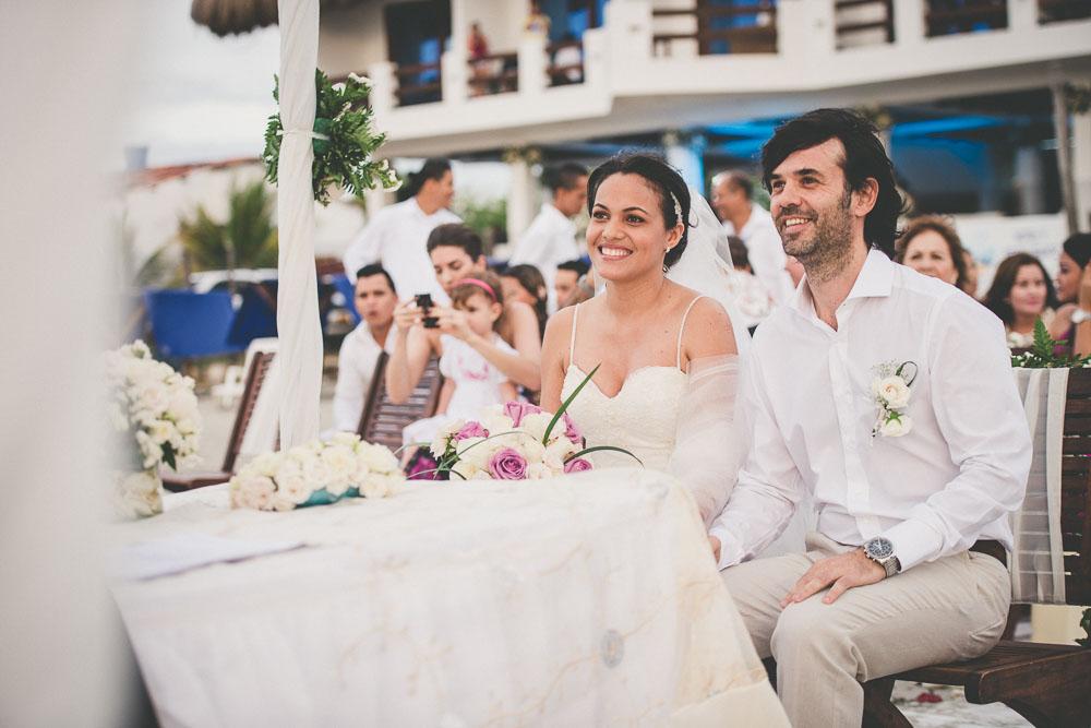 bodas en la playa(9).jpg