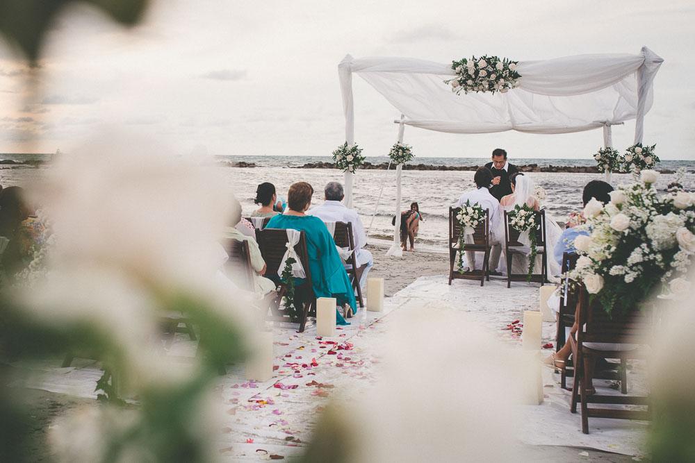 decoracion de bodas en la playa(2).jpg