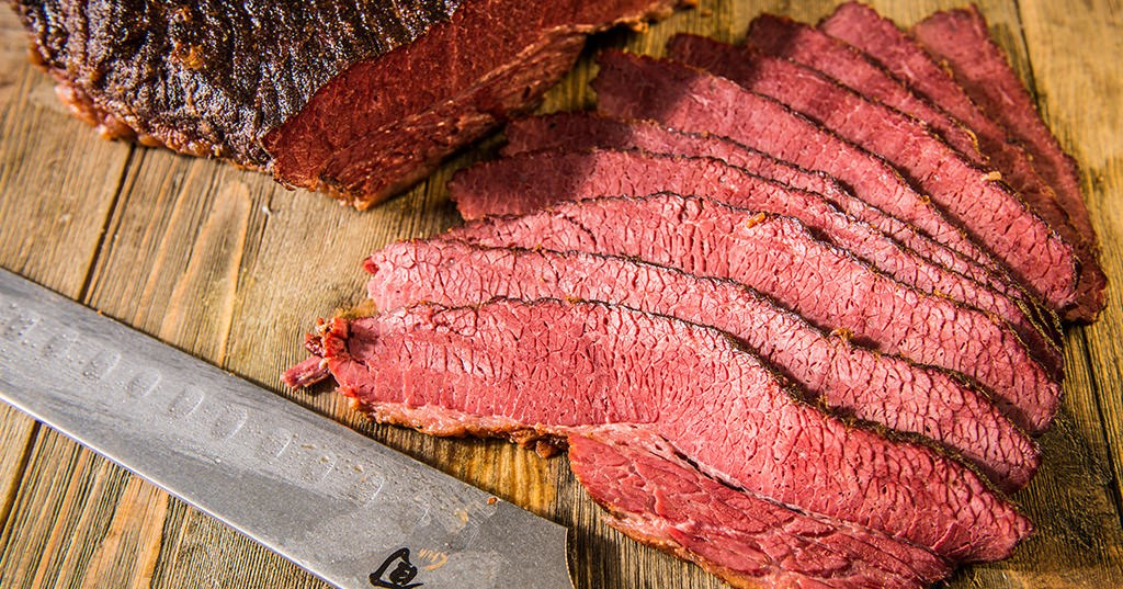 smoked-corned-beef_Traeger-Wood-Fired-Grills_RE_HE_M.jpg