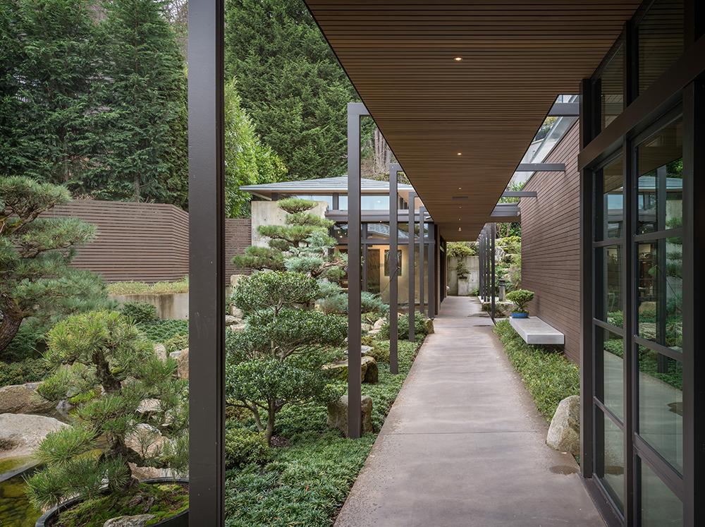 Japanese Courtyard Design