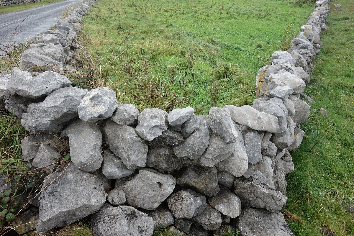 Stone wall in Ireland_near Cliffs of Moher.jpg