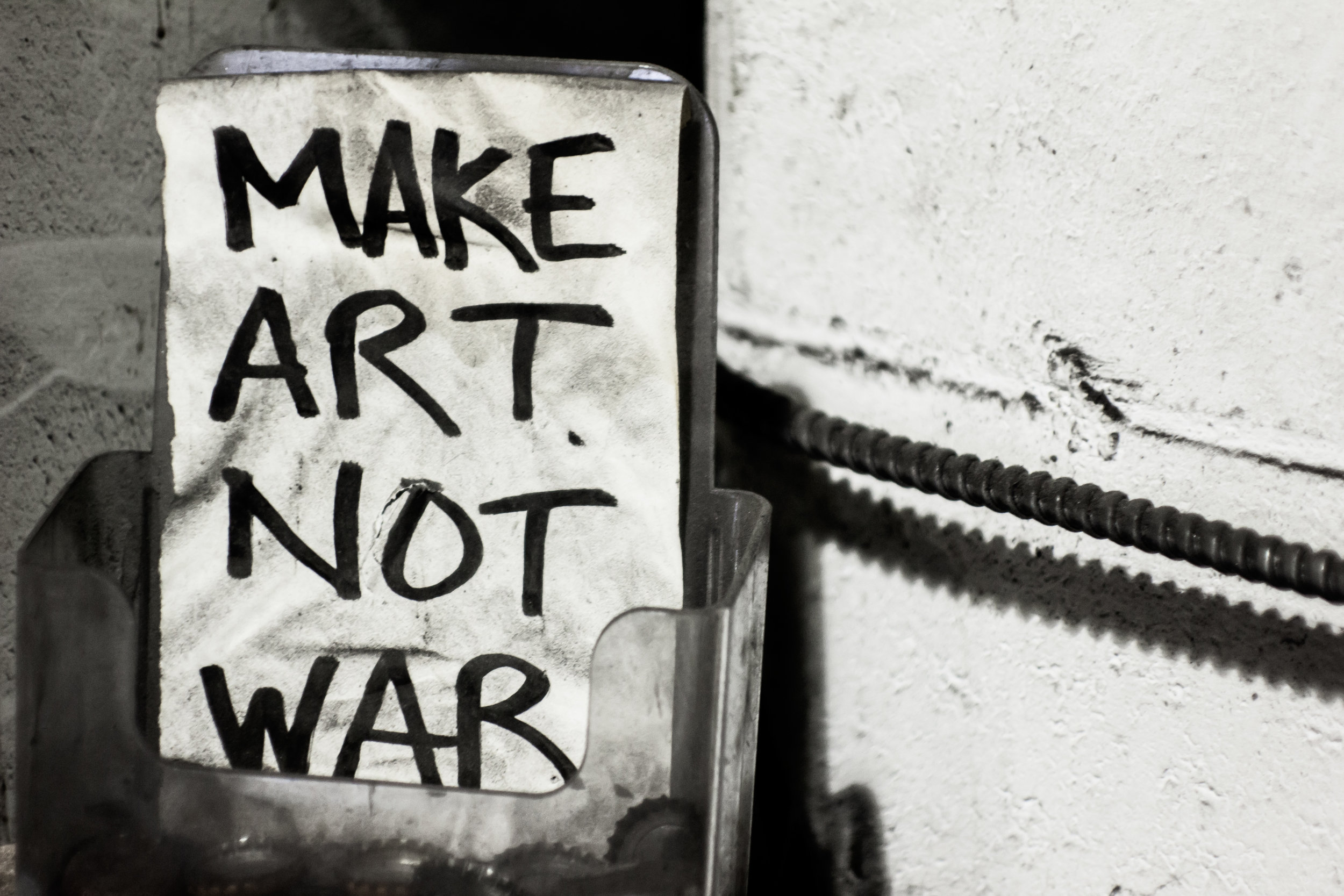make_art_not_war