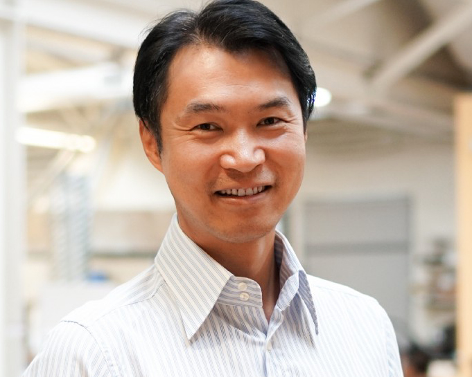 Adam Zheng - Co-Founder at ObEN是估值2.5亿美元公司ObEN的创始人与百合网的联合创始人也是Second Spectrum明星初创公司的投资人。