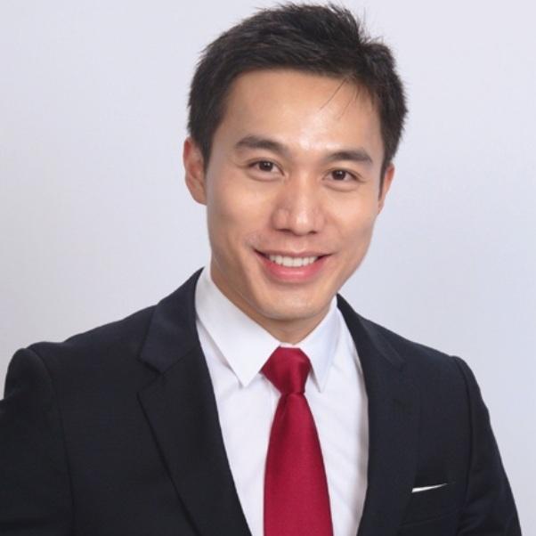 Tony Chen - Founder & CEO of PrimeVax Immuno-oncologyTony Chen Tony Chen负责执行和监督施行PrimeVax的所有临床试验策略。他曾在管理、公共政策、策略咨询、临床研究服务等医疗健康领域从事核心工作,并就职于美国卫生及公共服务部。他曾协助于免疫肿瘤和罕见疾病药物在美国与欧洲的临床使用,并推动了奥巴马医疗法案的实施。在过去的5年中,Tony Chen带领PrimeVax从构想发展到临床实验阶段。