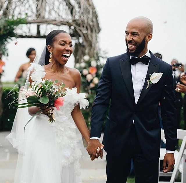 Because we ❤ love and just so happen to know these beautiful newlyweds. How stunning are they?! 😍 | 📷 capture by @noemiemarguerite . . . #weddinginspo #weddingstyle #weddingdetails #hipsterbride #huffpostido #bridalinspo #justmarried #weddingidea #weddingdetails #weddingplanning #weddingdecor #driedflorals #bohobride #bohowedding #laidbackwedding #greenweddingshoes #alldaychevalier #tbt