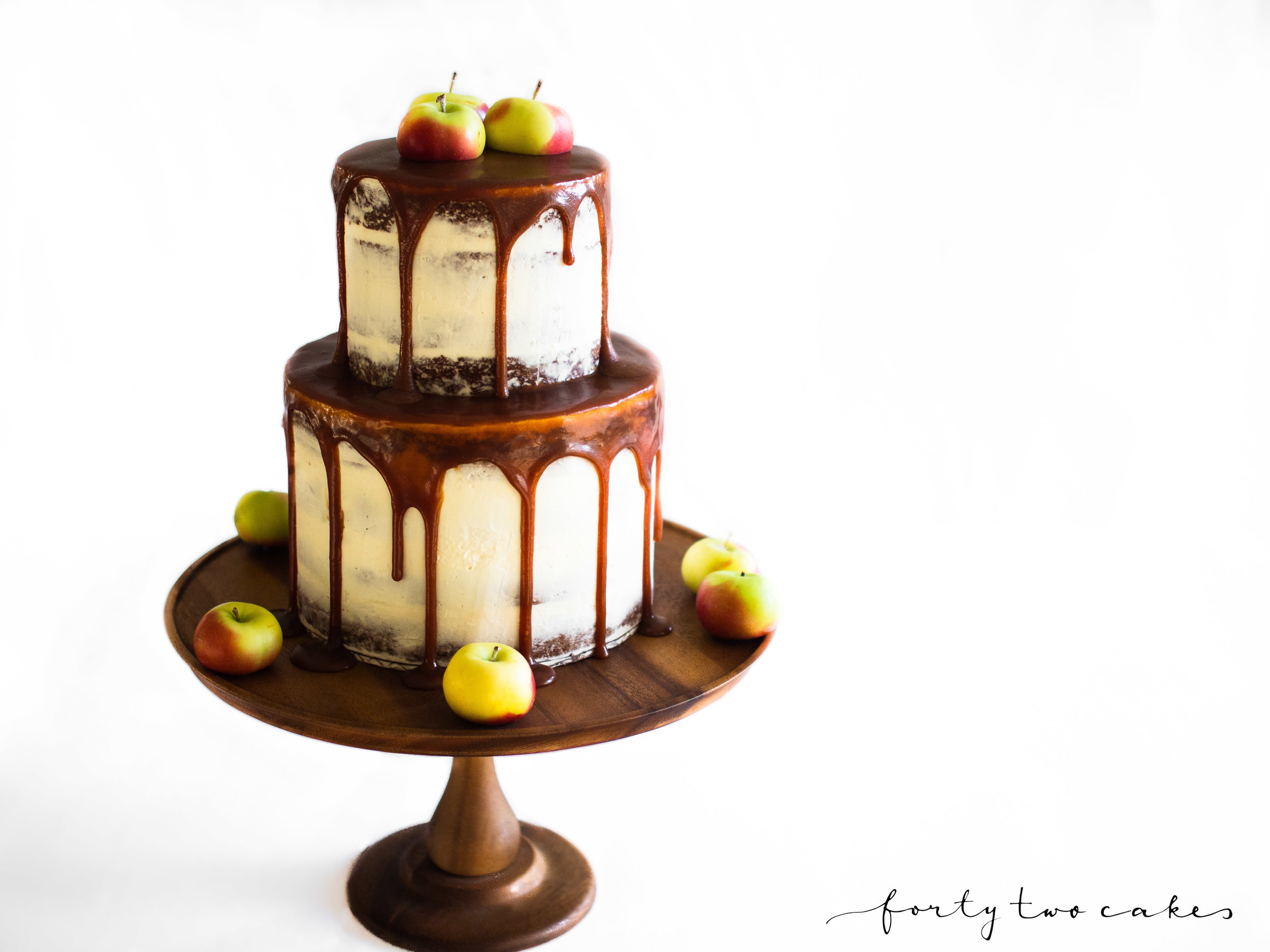 Forty-Two Cakes - Seminaked-02.jpg
