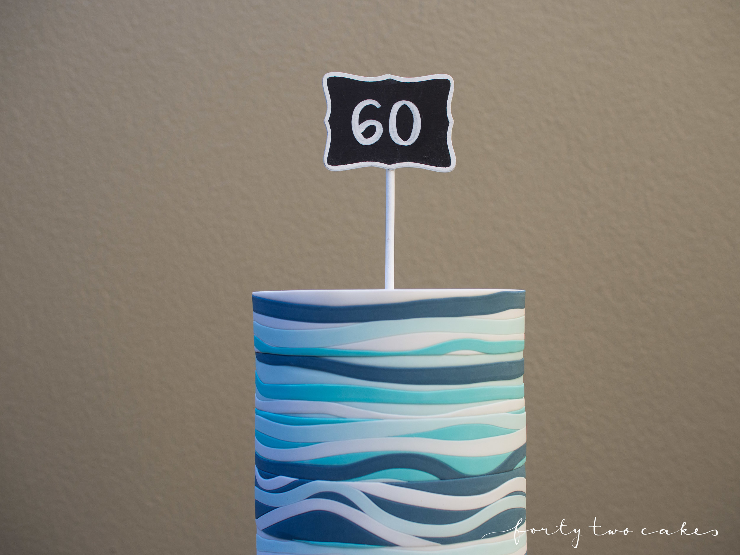 Forty-Two Cakes - Fondant-01-4.jpg