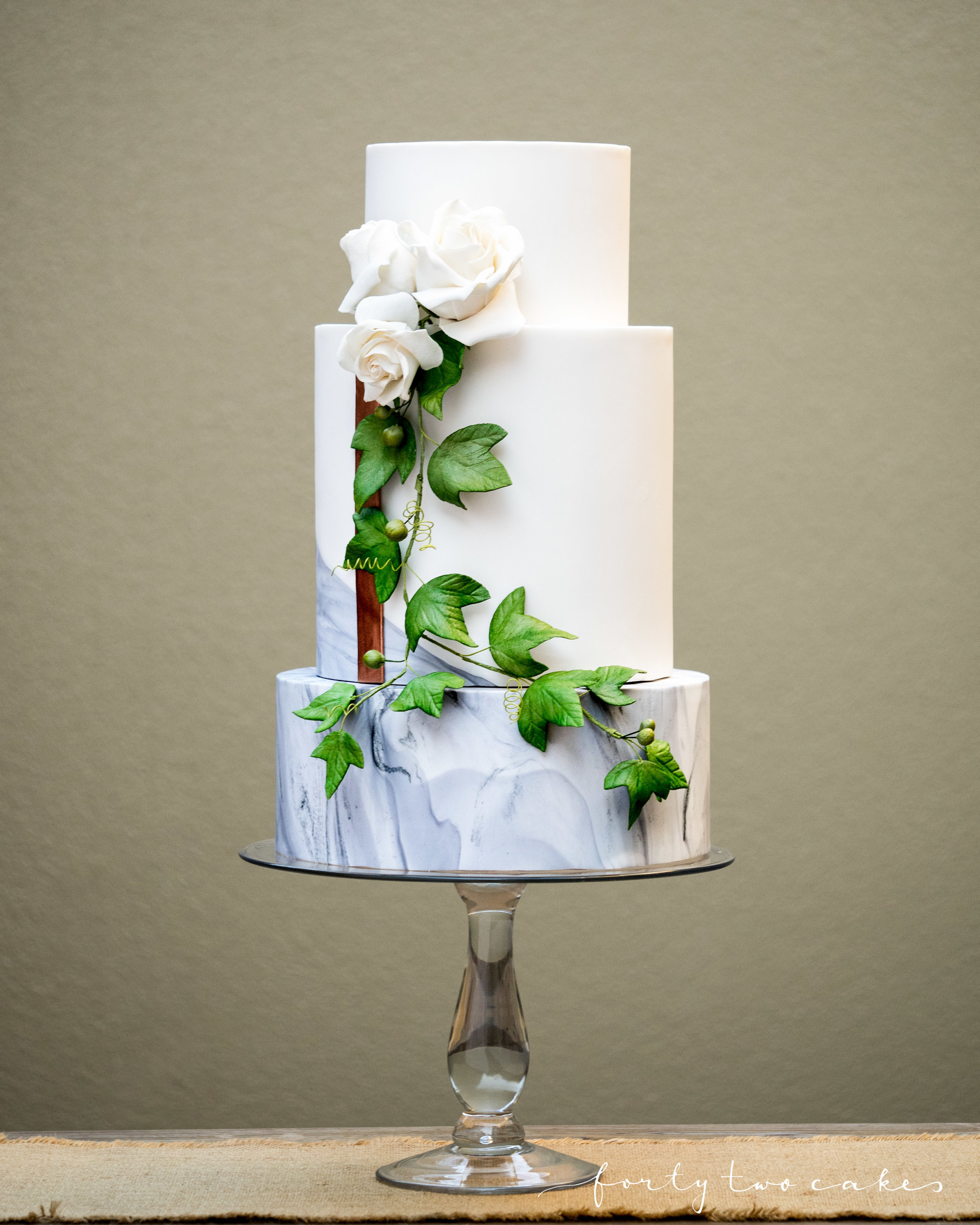 Forty-Two Cakes - Fondant-05-2.jpg