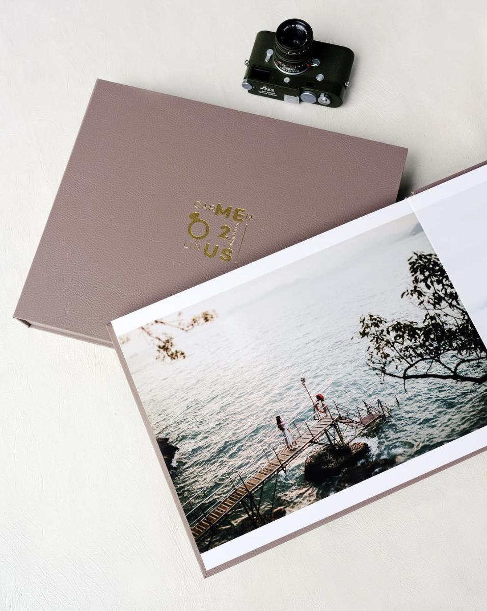 "12x15"" Flushmount Matte Album  *Album images are samples from the provider"