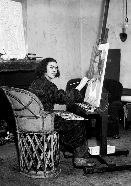 Frida in her Coyoacán studio, 1931.