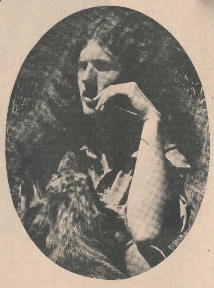 1 Country-Women-8-Doggie-portrait.jpg