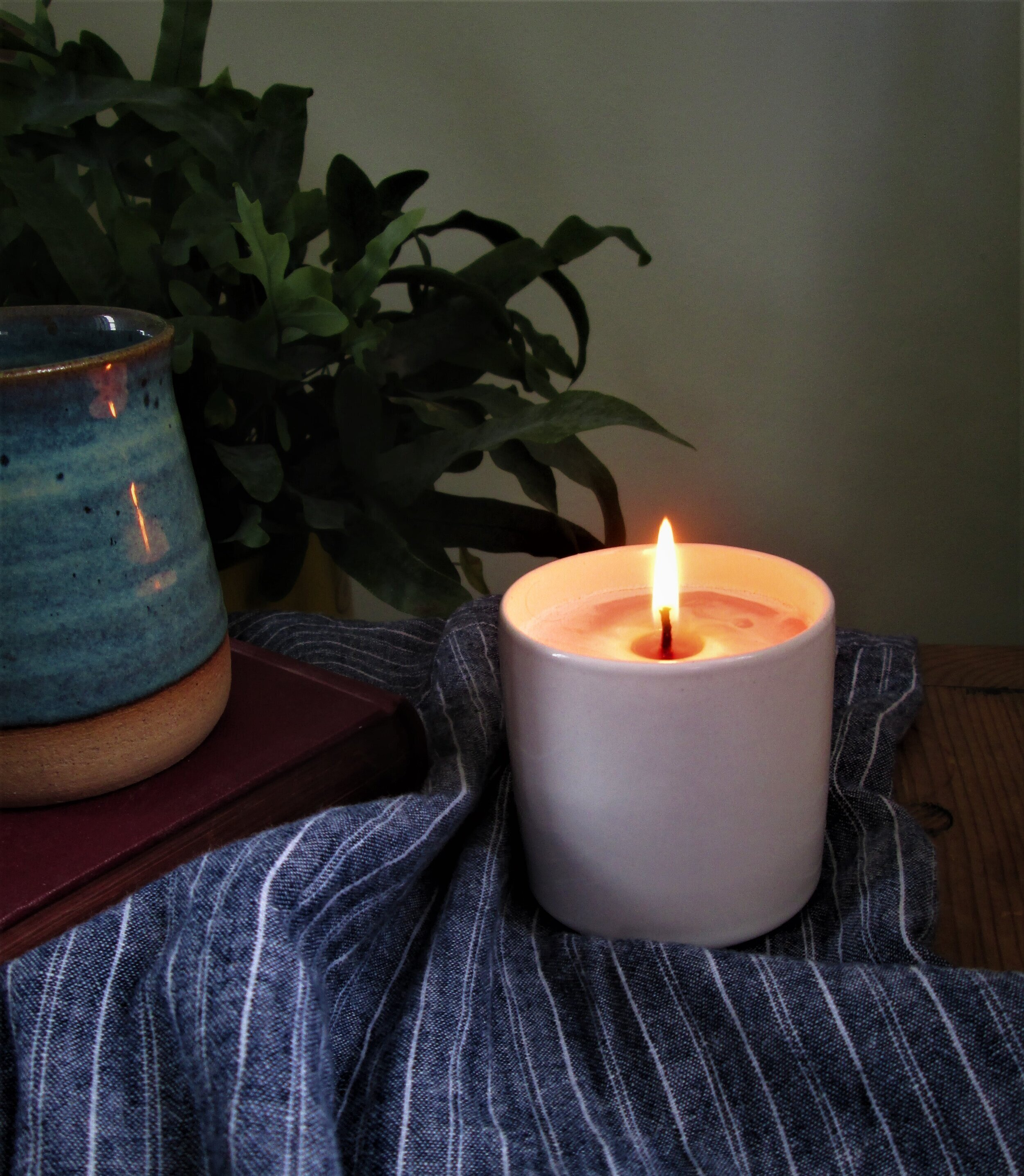 Make Your Own Scented Soy Wax Candles The Smug Soles Co