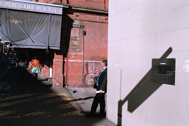 Parker Lane, Sydney  #35mm #film #photography #street #analoguephotography #kurteckardt #sydney #shadow