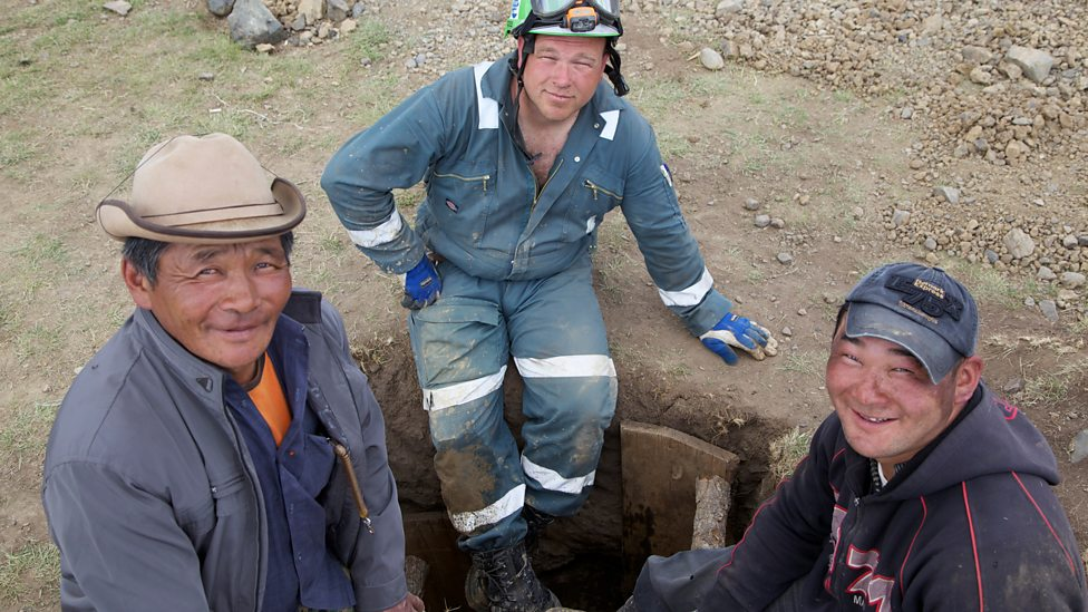 Toughest-place-to-be-a-miner_Mongolia.jpg