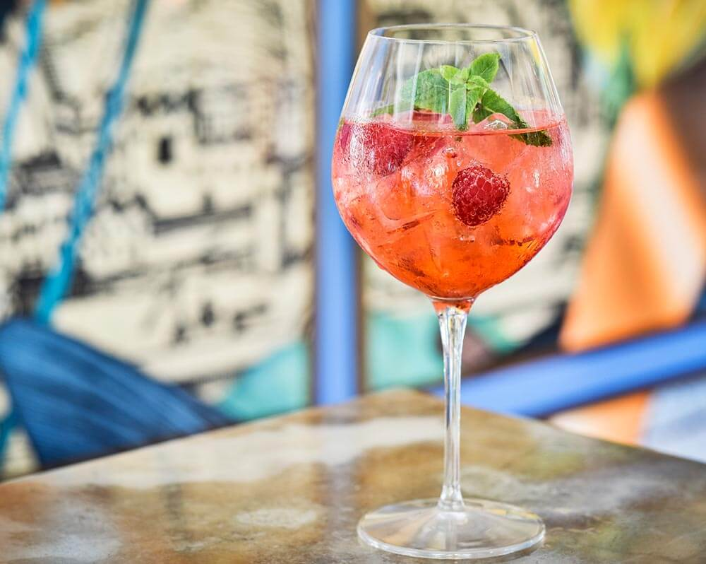 The delicious City of Stories cocktail featuring Boadicea® Gin – Rosa