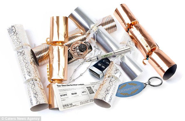 23BB26E000000578-2860414-Very_First_To_have_designed_six_Christmas_crackers_which_include-a-13_1417688864385.jpg