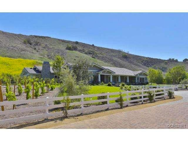 kylie-jenner-hidden-hills-mansion-house-home-1-640x480.jpg