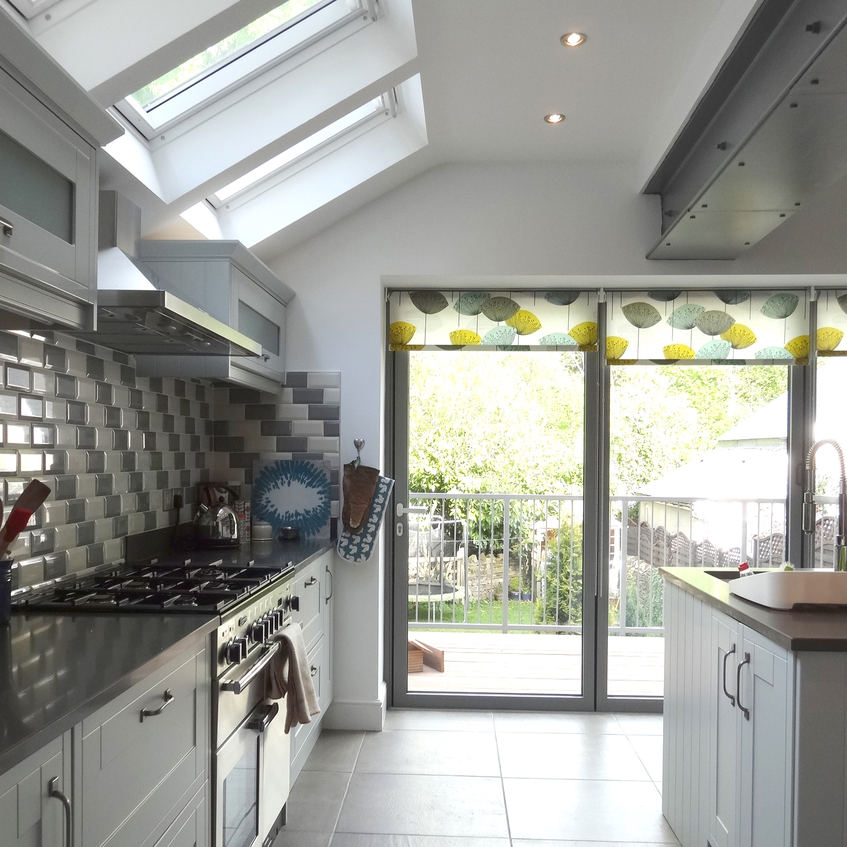Abbeydale Road - A project to transform the rear of a Victorian semi-detached house. A small extension infilling the yard was added. This transformed the cramped off shot kitchen into a light and spacious room arranged around a central island.,, (READ MORE)