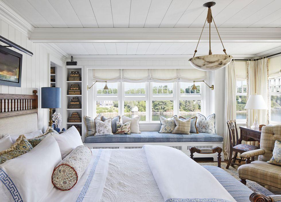 philip-mitchell-master-bedroom-nova-scotia-veranda-1560271526.jpg