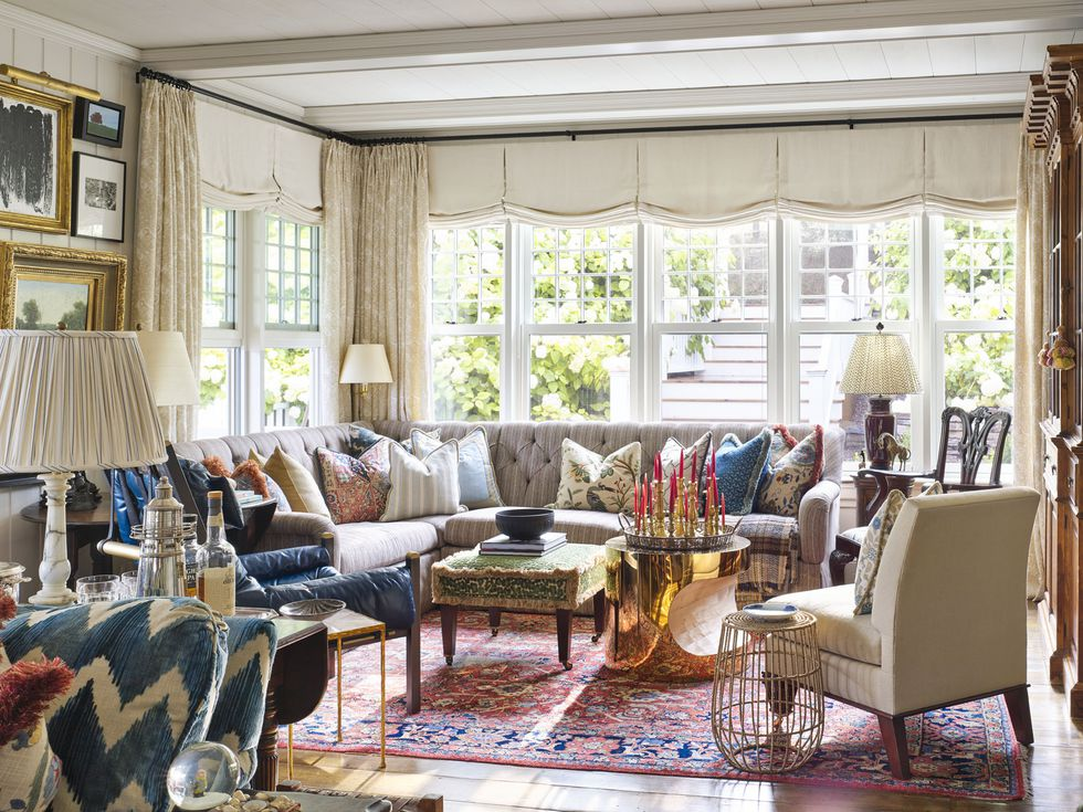 philip-mitchell-living-room-nova-scotia-veranda-1560270342.jpg