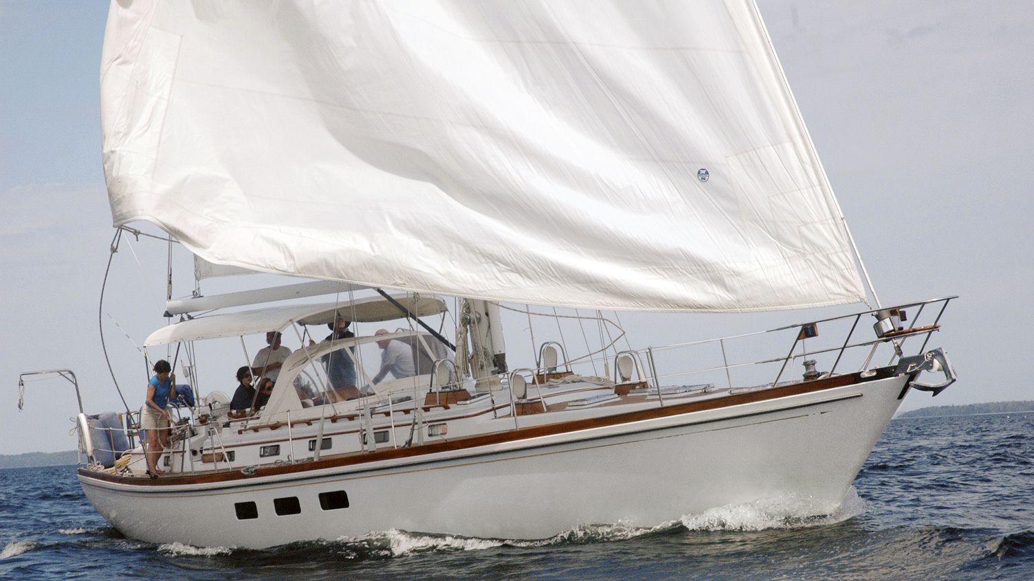 snowhawk-wooden-sailing-yacht-sloss-on-water-tight-jpg-1561480630.jpg