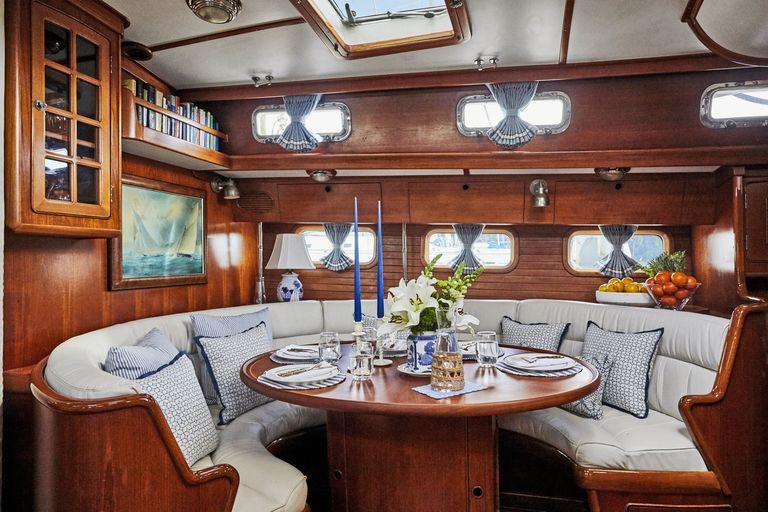 snowhawk-wooden-sailing-yacht-sloss-interior-banquette-jpg-1561486529.jpg