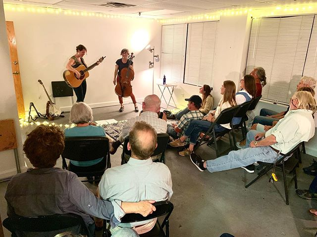 What a lovely evening of music and community we had at the studio last night! Thank you so much Sorcha and Jo for being incredible musicians and humans. My heart is full. ❤️