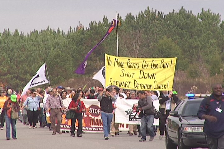 Photo of March in 2014 to protest Stewart County Detention Center from Mundo Obrero/Worker's World ( www.workers.org )