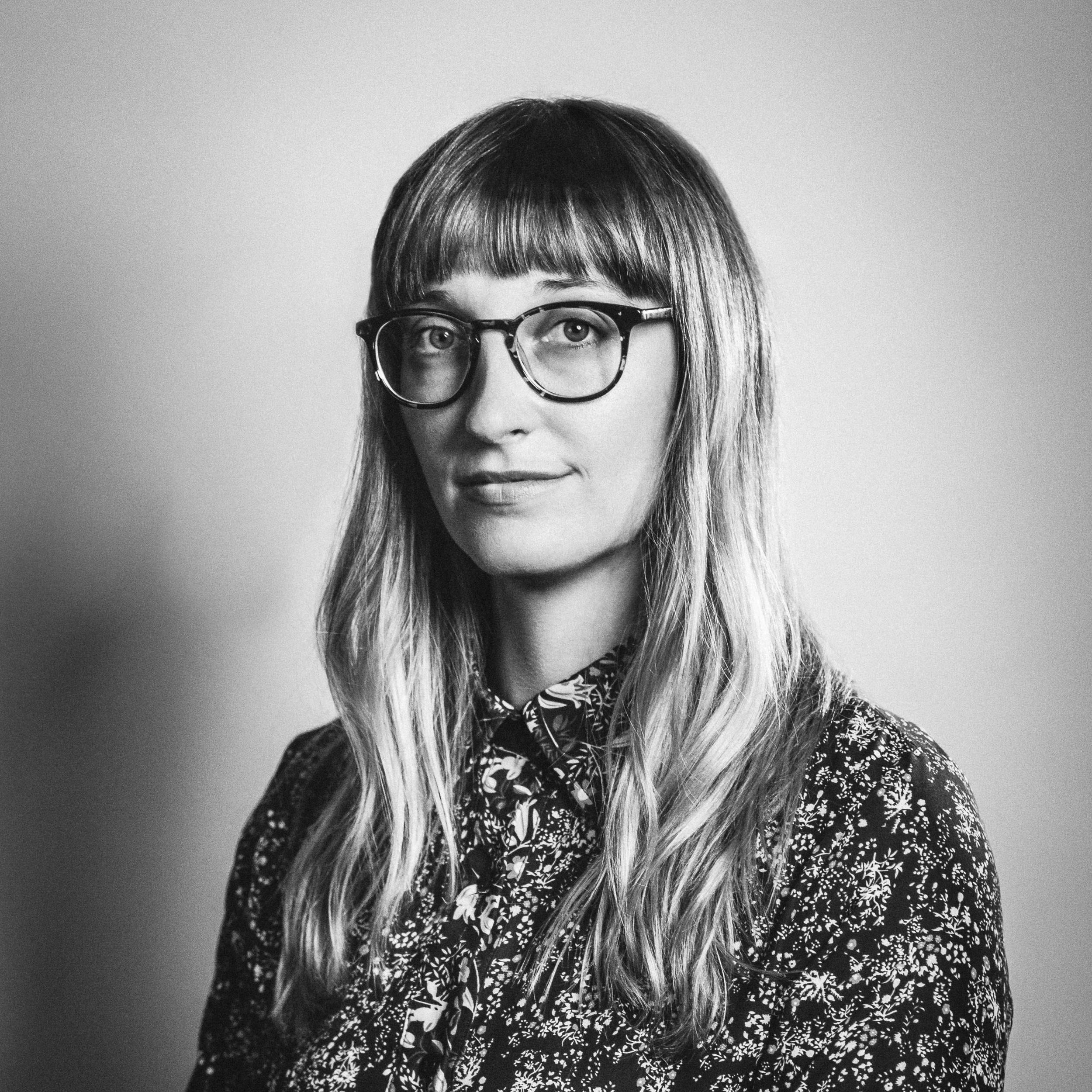 Emily-Silverman-MD-by-Paul-Gargagliano-Hazelphoto-2.jpg