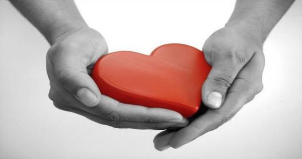 Qui prend soin de qui prend soin - Une formation pour les divers professionnels de la santé et des services sociaux qui prennent soin et qui désirent s'instrumenter pour prendre soin d'eux-mêmes, tout en accompagnant les autres.Des outils d'analyse et d'intervention. Une formation où l'enseignement, les échanges et l'expérimentation permettent l'intégration pour un meilleur équilibre. Reconnue par l'OTSTCFQ, pour les travailleurs sociaux.À Montréal : 23 et 24 mars 20199h à 16h30Par Manon Lefebvre, ts