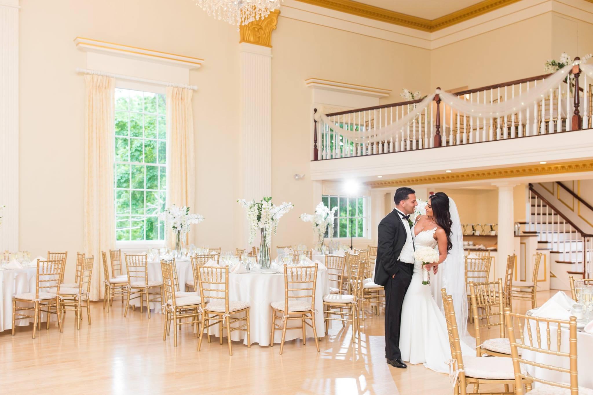 Our Weddings - Description text. Proin gravida ex id consectetur lobortis. Aliquam ornare, velit vel faucibus dapibus, augue justo ullamcorper turpis.