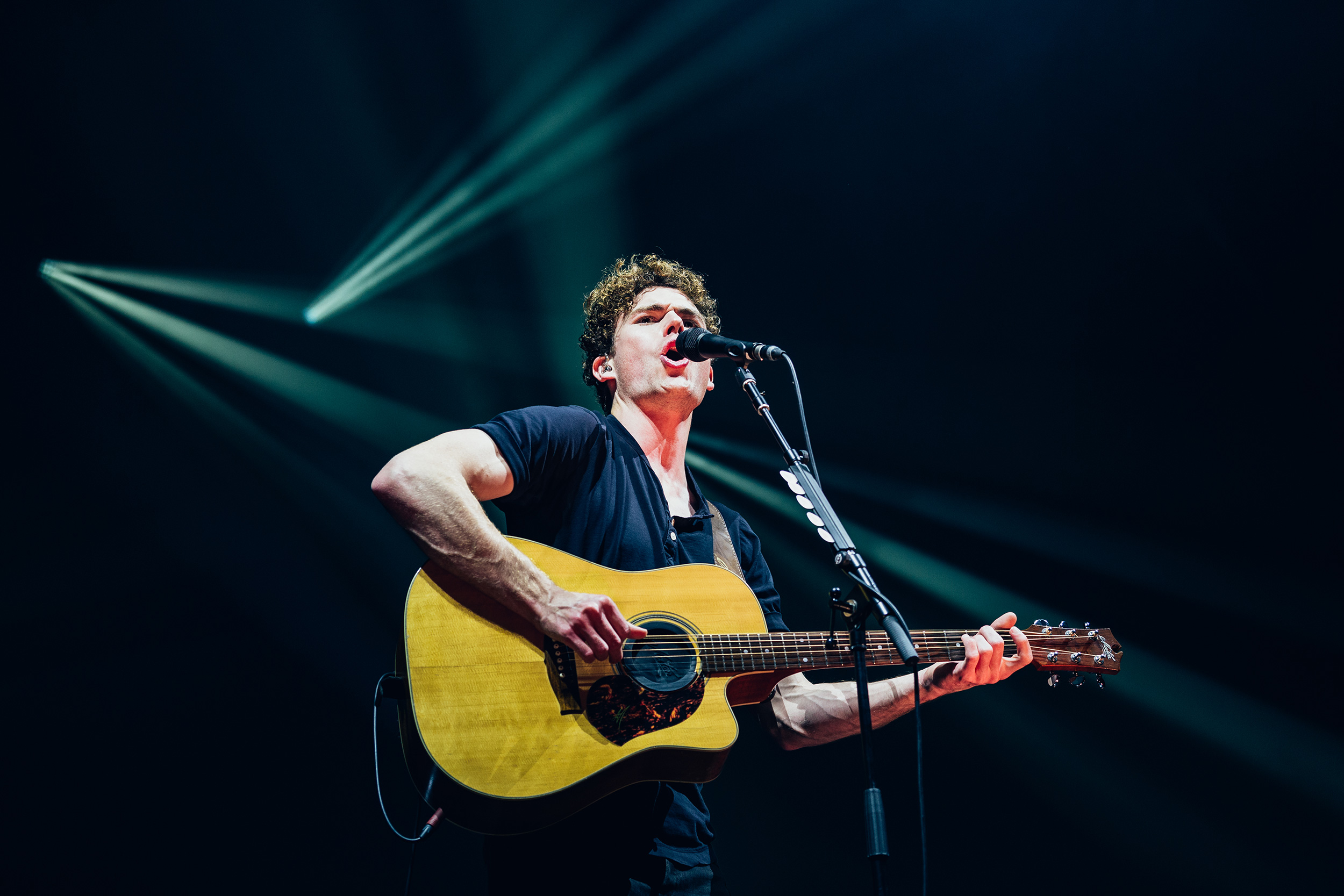 Vance_Joy_131118_Communion-(24-of-64).jpg