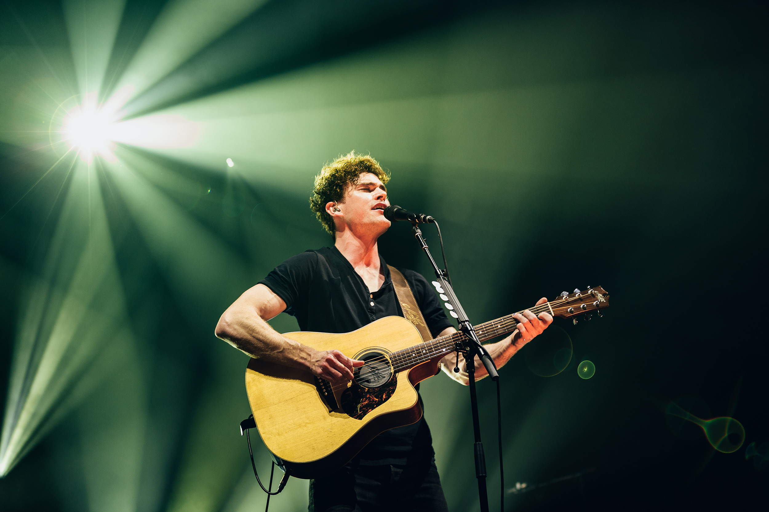 Vance_Joy_131118_Communion-(35-of-64).jpg