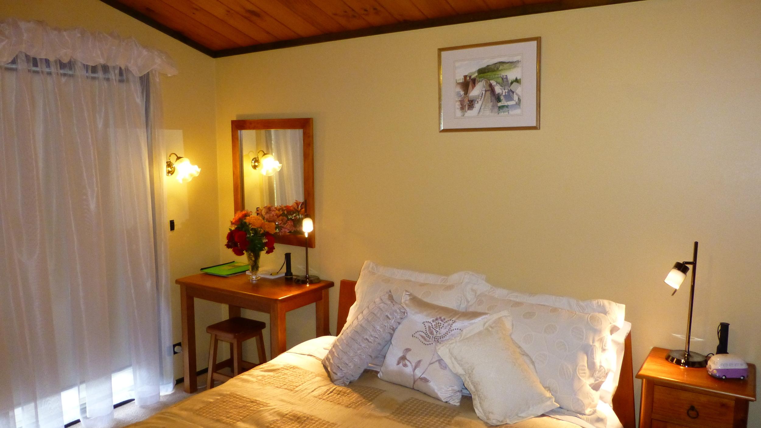 The Taranaki Suite (b) at Mokoia Downs.JPG