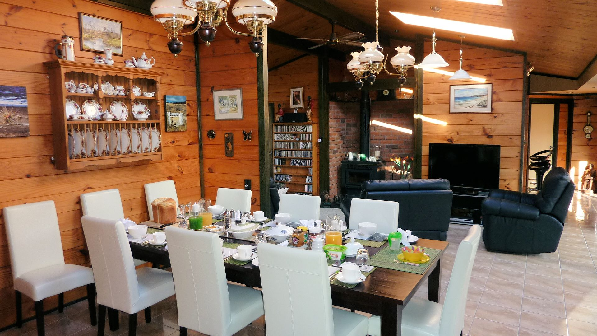 The breakfast area at Mokioa Downs.